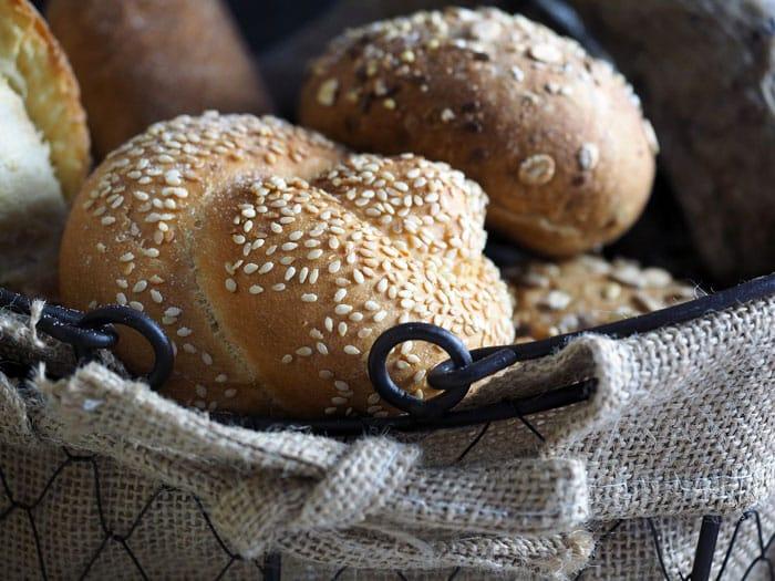 bread 1081078 1280 e1480893913346